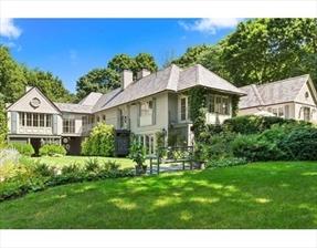 99 Gate House Rd, Newton, MA 02467