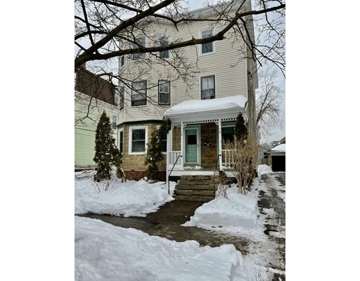 2 Beds, 1 Bath home in Arlington for $568,000