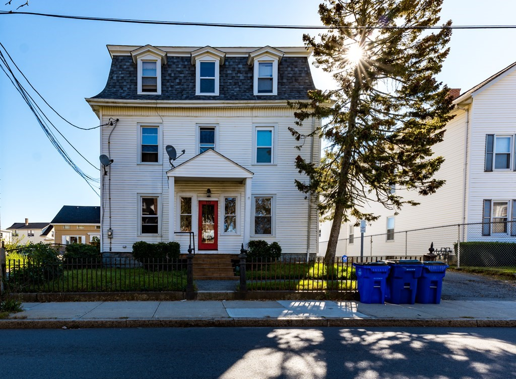 """DON""""T MISS OUT!!!! This 9 unit investment property won't last long.  Features 9 studio apartments with excellent income,  Amenities include a new roof, new furnace, hot water tank, new basement windows. Coin op washers & dryers in basement."""