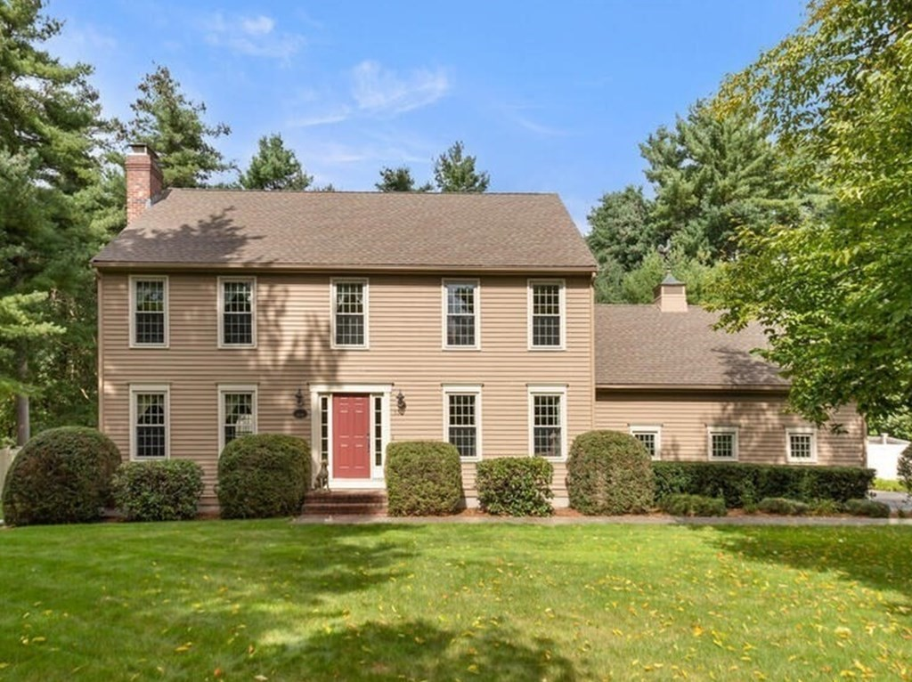11 Plowshare Ct, Mansfield, MA 02048
