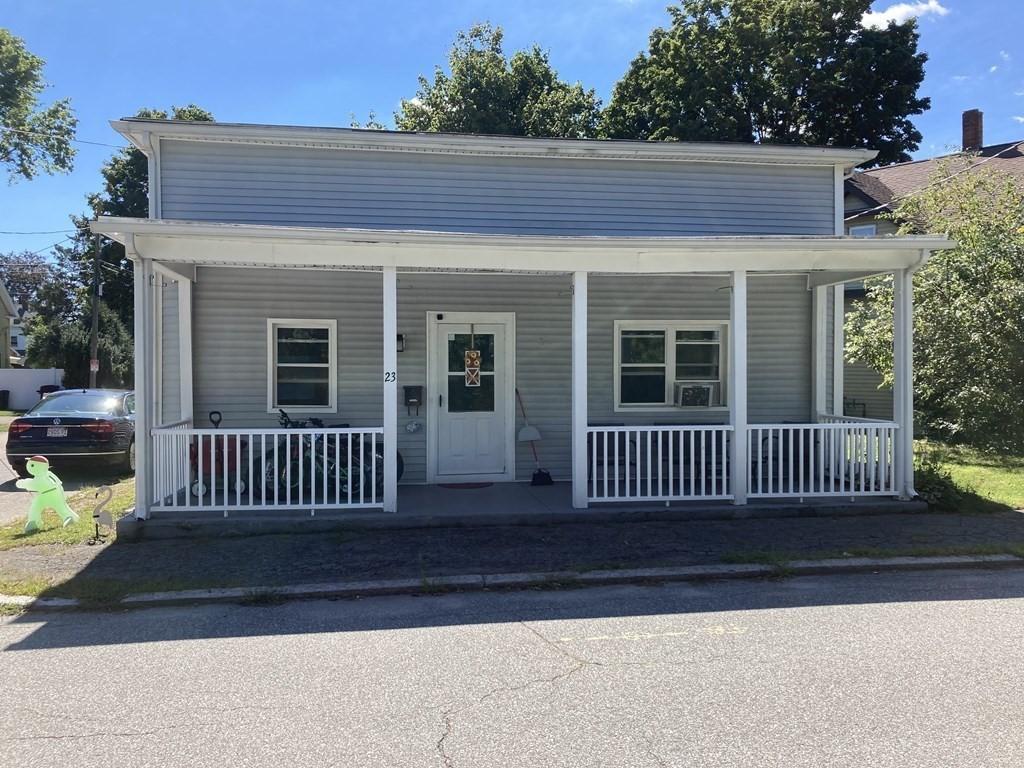 23 Leroy St, Attleboro, MA 02703