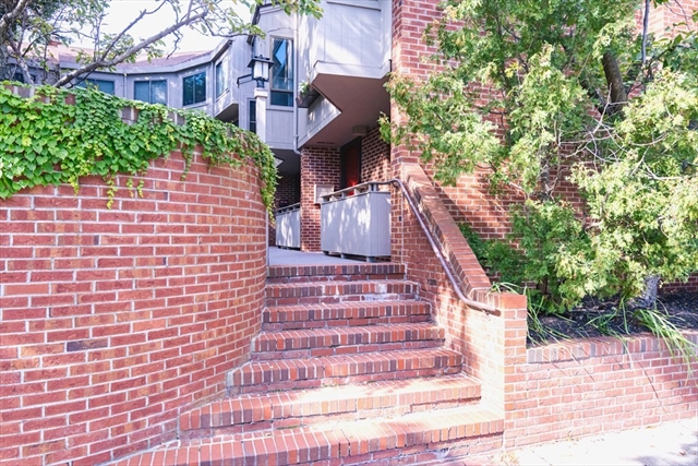 581 Mount Auburn Street Cambridge MA 02138