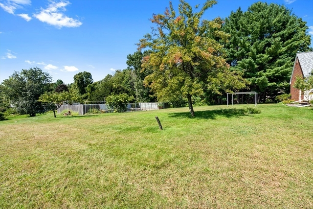 20 Highwood Way North Andover MA 01845
