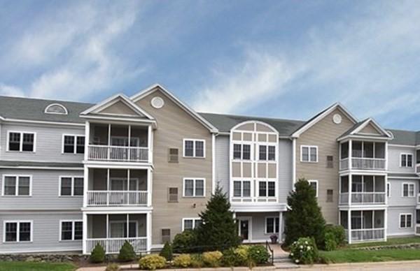 2106 Briarwood Village Clinton MA 01510