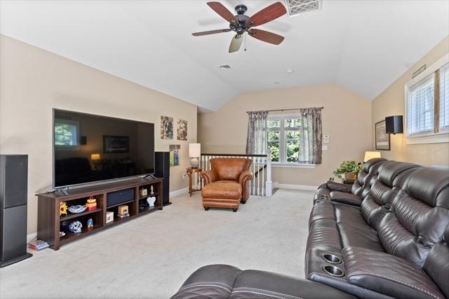 81 Greystone Lane Carlisle MA 01741