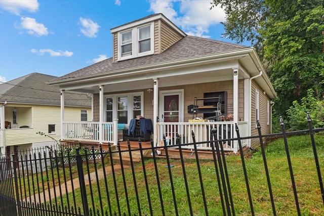 7 Howard Street Blackstone MA 01504