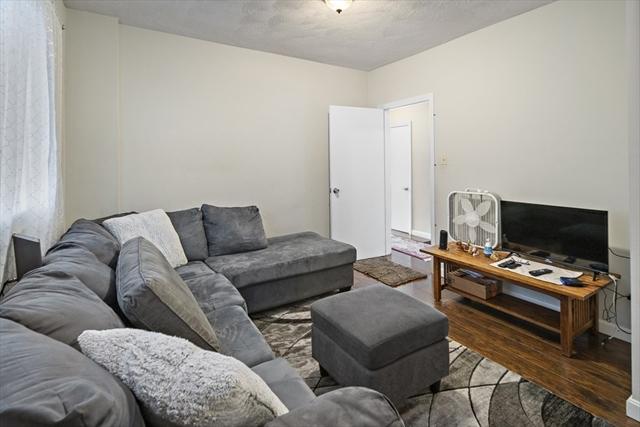 26 Valley Street Everett MA 02149
