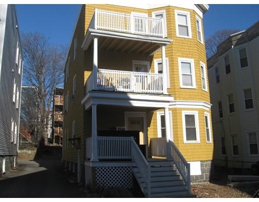 19 Hecla St, Boston - Dorchester, MA 02122