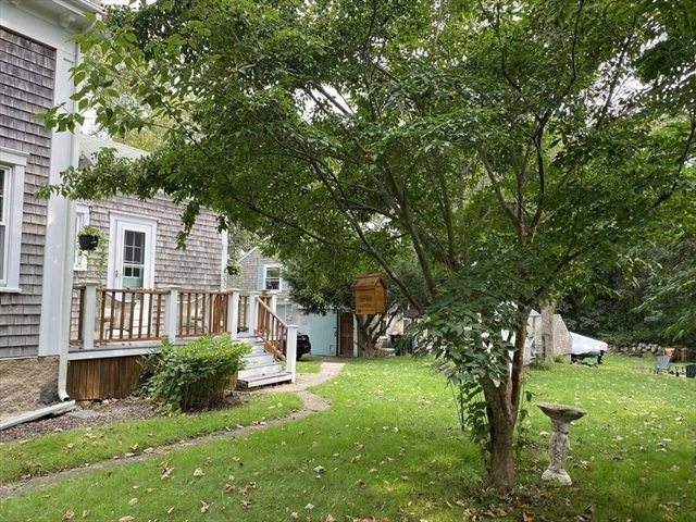 279 Bakerville Road Dartmouth MA 02748