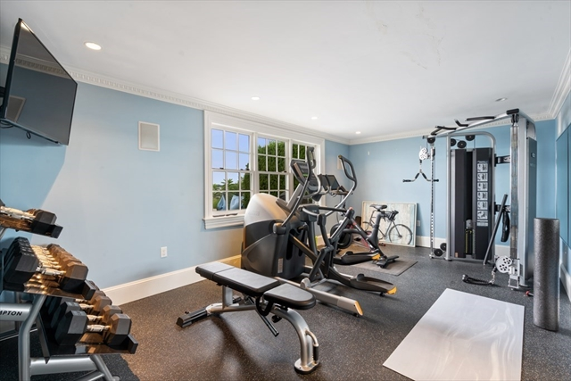 124 Crabtree Road Quincy MA 02171