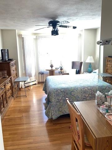 454 Saratoga Boston MA 02128
