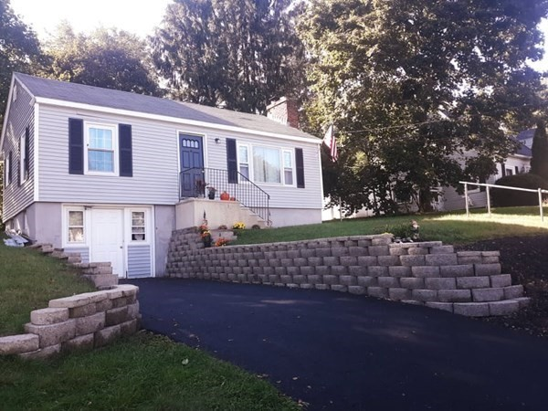 9 Sunny Hill Drive Worcester MA 01602