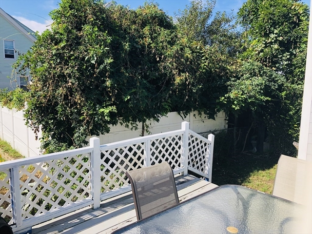 7 COTTAGE Street New Bedford MA 02740