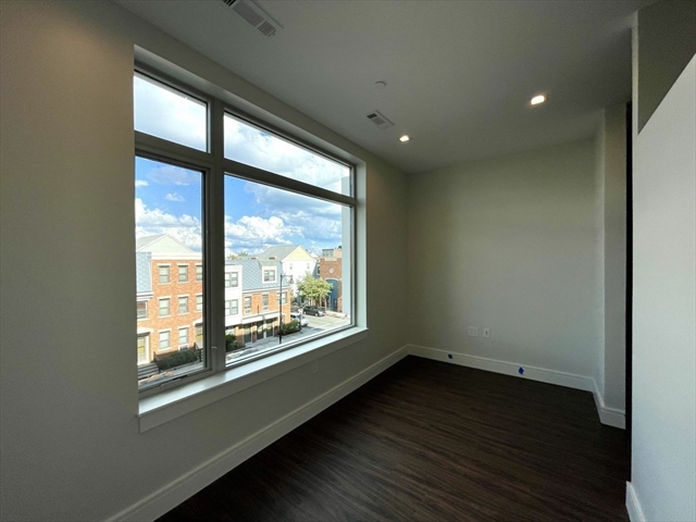 99 Sumner Street Boston MA 02128