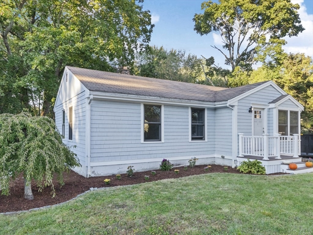 38 Ashley Drive East Bridgewater MA 02333