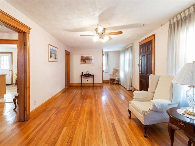 23 Saunders Street Medford MA 02155