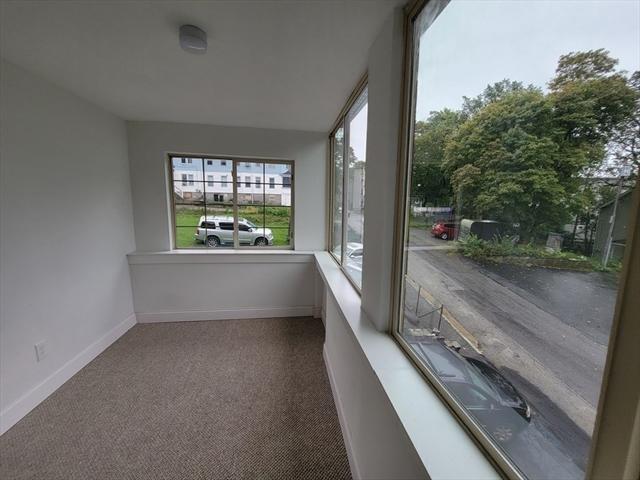 15 Forestdale Worcester MA 01605