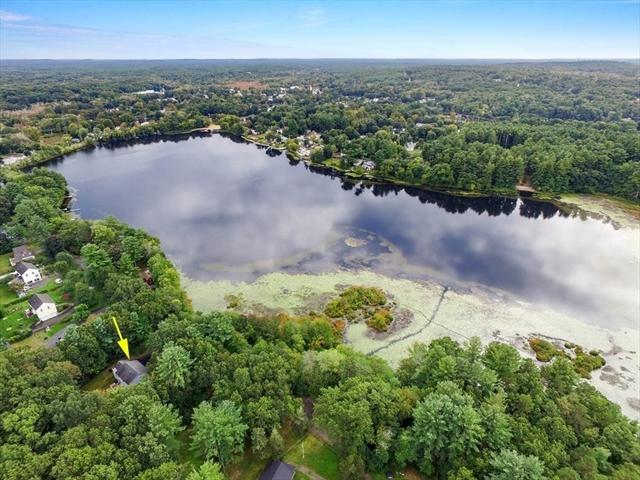 17 Lake Avenue Georgetown MA 01833