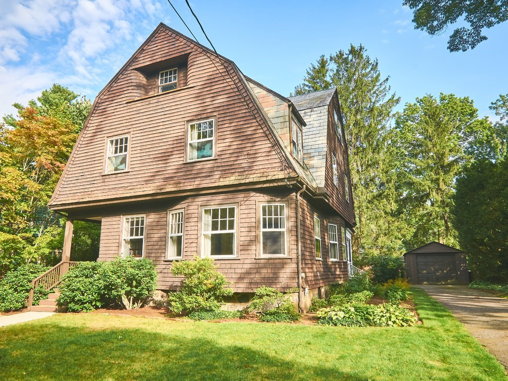 32 Fisher Ave, Newton, MA 02461