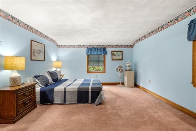 14 4Th Avenue Billerica MA 01821