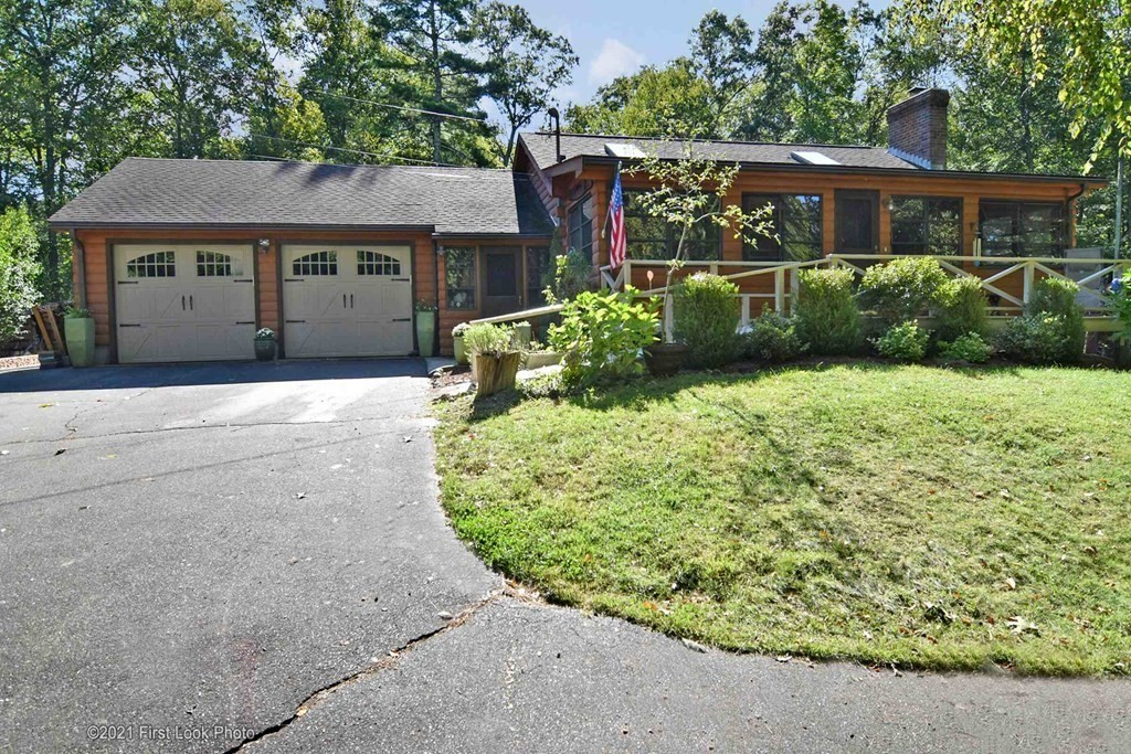 21 Perryville Rd, Rehoboth, MA 02769