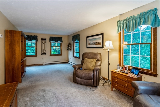 10 Flagstone Place Bridgewater MA 02324