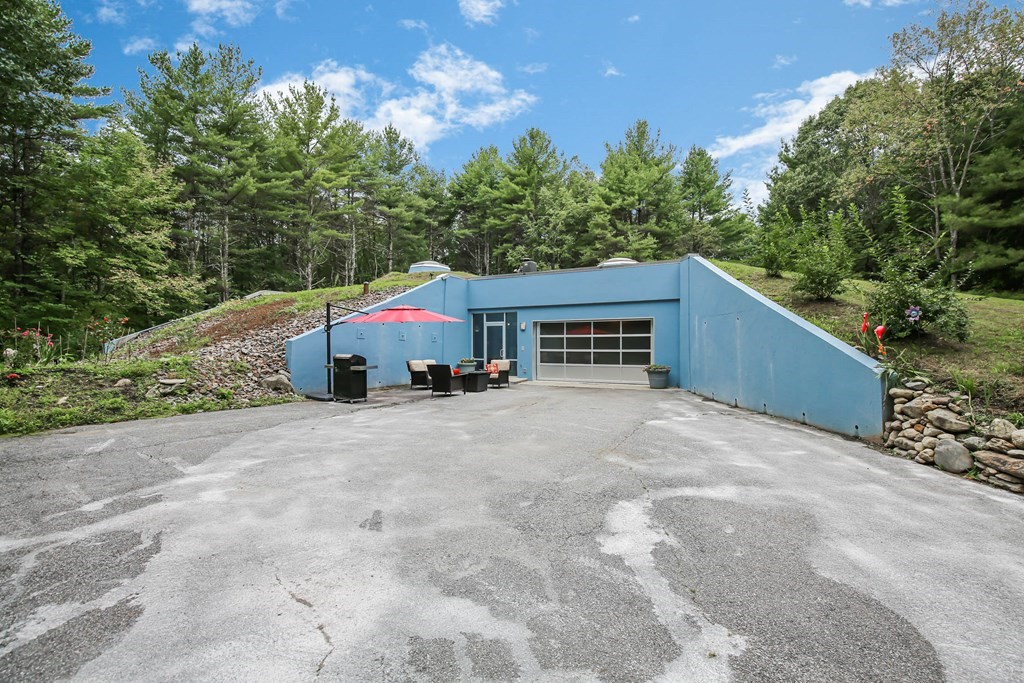 166 Wheeler Rd, Princeton, MA 01541