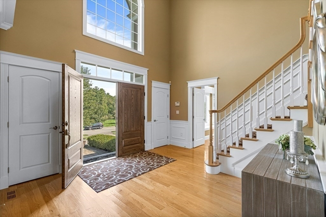 6 Little Meadow Way North Reading MA 01864