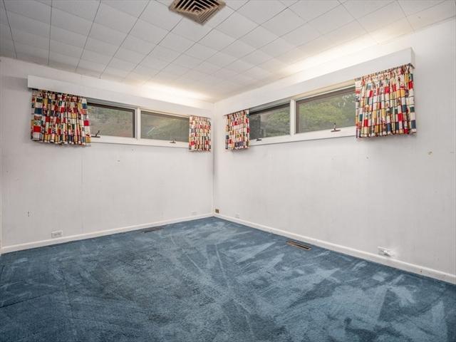 100 Pine Hill Road Chelmsford MA 01824