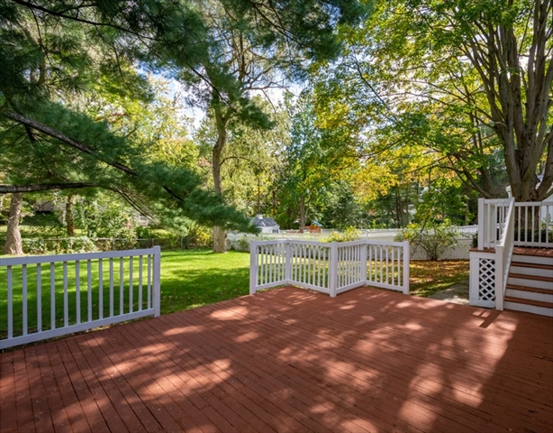 12 Carriage Lane Winchester MA 01890