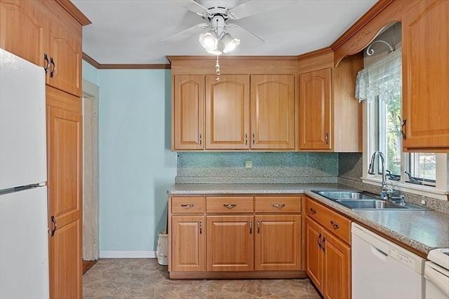 49 Oakwood Avenue Billerica MA 01821