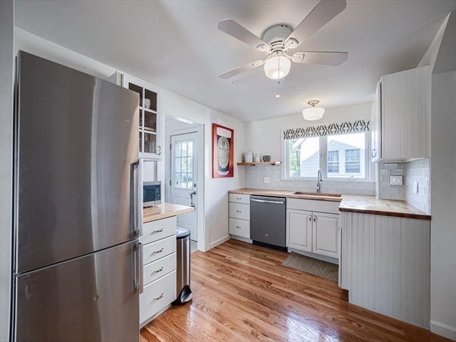 10 Bay State Road Quincy MA 02171