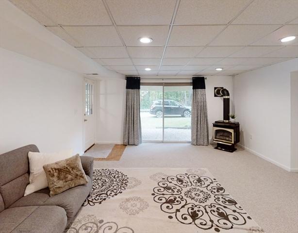 73 Parkhurst Westford MA 01886