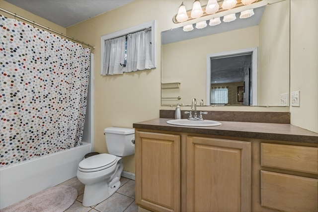 729 Washington Street Abington MA 02351
