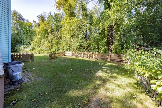 12 N Farms Road Williamsburg MA 01062