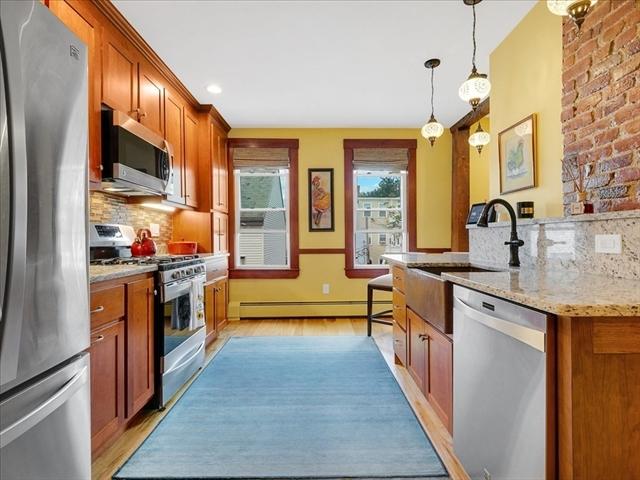 24 Albion Place Boston MA 02129
