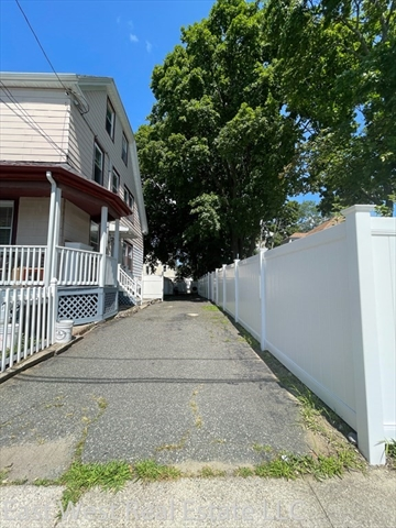 204 fayette Street Quincy MA 02171