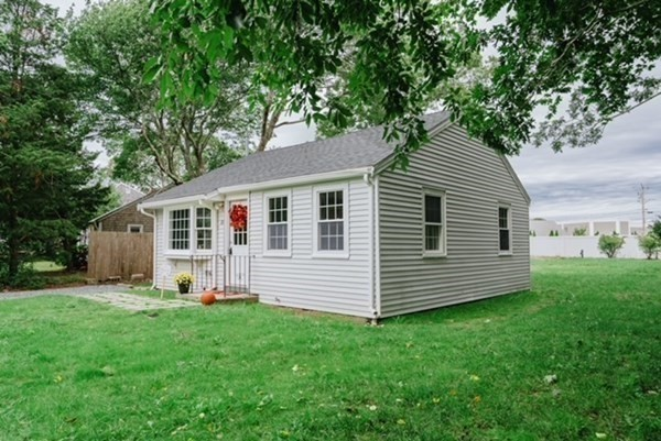 10 Otis Road Barnstable MA 02601