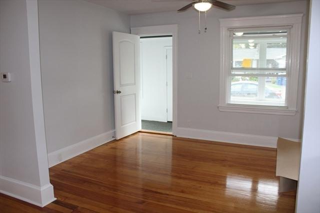 8 Fairfield Street Seekonk MA 02771