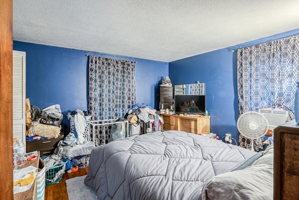 100-102 Ambrose Street Springfield MA 01109