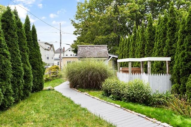4 Gardenstone Way Rockport MA 01966