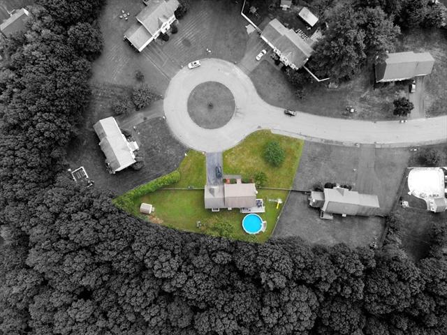 40 Rosettas Way Bridgewater MA 02324