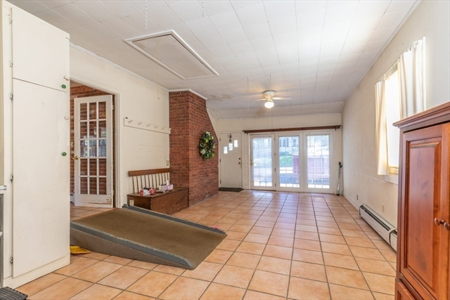 376 Park Street Gardner MA 01440