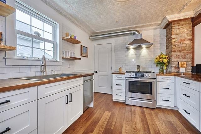 95 Wedgewood Terrace Holyoke MA 01040