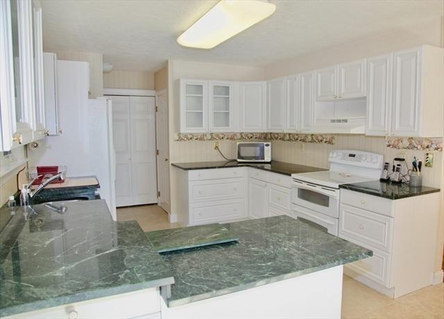95 Tremont Street Carver MA 02330