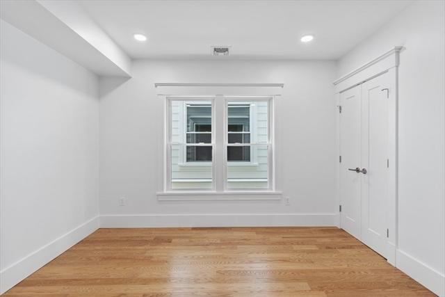 4623 Washington Street Boston MA 02131