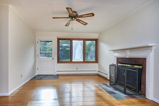 28 Hamilton Drive, Northfield, MA: $245,900