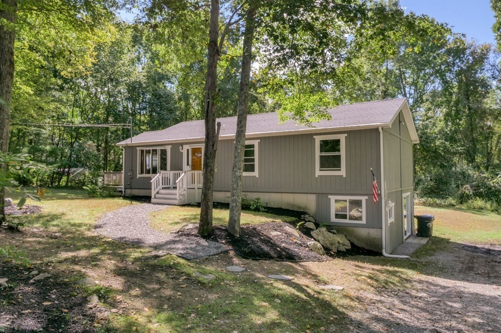 230 Fairview Ave, Rehoboth, MA 02769
