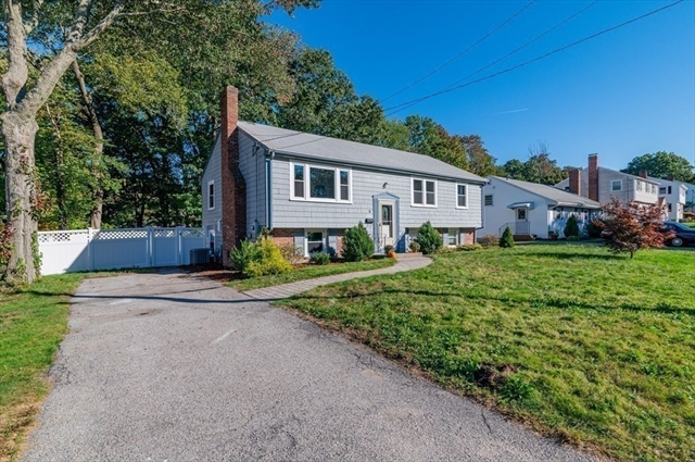 18 Griffin Terrace Weymouth MA 02190