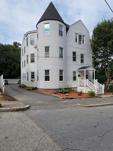 4 Delaware Street Worcester MA 01603